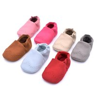Wholesale baby girl leather moccasins online - Baby Moccasins Hand Thread Prewalker Nubuck Leather Anti slip Soft Sole Infant Moccasins for Girls and Boys Infant Walking Shoes