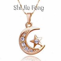 halbmond-stern halskette großhandel-Luxus Crescent Diamond Anhänger Halskette 18 Karat Gold Überzogene Kubiklegierung Kristall Mond Sterne Schmuck Mode Frauen Zubehör Weihnachtsgeschenk