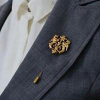 jóias dragão mulheres venda por atacado-Atacado-Hot Unisex Dragão Ouro Escudo Broches Terno Corsage Corsage Lap Pin Stick Cadeia Broche Jóias Presente Para Mulheres Homens