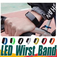LED Smart Wirst Bands High Quality Wateroroof Digital Sports Bracelet Montres Silicone Unisexe Pour Hommes Femmes