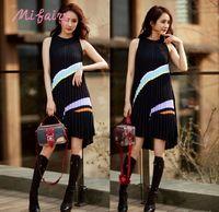 Wholesale Sleeveless Knit Dress Woman - Runway Dresses 2017 Black Contrast Color Sleeveless Pleats Women's Knitting Dress Summer Celebrity Style Dress C061770