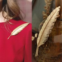 Wholesale Dresses Wholsale - Wholesale- 1 PC Wholsale Women Fashion Lovely Dress Sweater Accessories Simple Delicate Metal Brooches Gold Plated Leaf Shape Brooch pins
