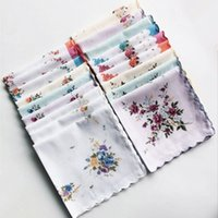 Wholesale Wedding Cutter - 100% Cotton Handkerchief Cutter Ladies Handkerchief Craft Vintage Hanky Floral Wedding Party Handkerchief 30*30cm Random Color wa3812