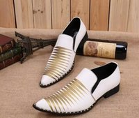 Spike White Dress Wedding Bridal Shoes Rebites Studded Oxfords de couro Handmade Formal Italian Shoes para homens