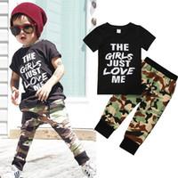bebek oğlu serin kıyafetler toptan satış-Yaz Tarzı Serin Yenidoğan Çocuklar Bebek Erkek Giysileri Set 2 Adet Set Tee Tops + Kamuflaj Uzun Dipleri Pantolon Kıyafetler Yürüyor çocuk kostüm