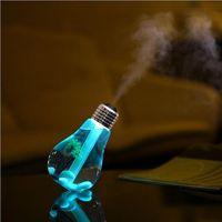 ingrosso ha portato l'aria della lampadina-Vita Umidificatori in plastica USB Lampada Lampadina Umidificatore Aroma domestico Umidificatori a LED Diffusore d'aria Purificatore Auto e uso domestico Mute ABS