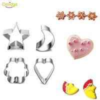 Delidge 4 шт / комплект Star Moon Heart Flower Cookie Mold Нержавеющая сталь Fondant Cake Cutter Candy Paste Decoration Biscuit Mold