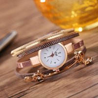 Wholesale Fashion luxury ladies bracelet quartz watch female models Rhine stone pendant