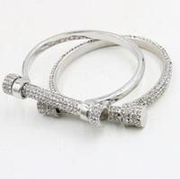 ingrosso i disegni del braccialetto dei cristalli-Braccialetti di cristallo del polsino a ferro di cavallo per i braccialetti di lusso del braccialetto dei braccialetti del braccio dei braccialetti del braccialetto di cristallo di disegno di marca dei monili di modo delle donne