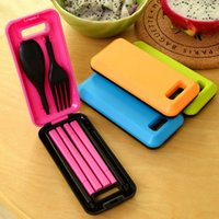 Wholesale portable plastic cutlery sets - Tableware Pinkycolor Creative Portable Three Pieces Dinner Sets Plastic Chopsticks Spoon Fork Fold Combination Travel Cutlery suit 3 8ld E R