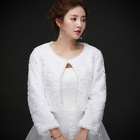 Wholesale Cheap Faux Coats - Real photos Elegant Faux Fur Bridal Wraps Women Shawl For Special Occasion White Cheap Wedding Shawl half sleeve coats Free Size for Winter