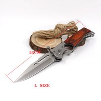 2017 Large AK47 Folding Gun Tactical Camping Knife 440 Steel Blade Wood Handle Pocket Outdoor Facas de sobrevivência com LED Light EDC Tools