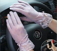 gants acryliques achat en gros de-Printemps et en été des femmes des gants de protection solaire de la dame anti-uv antidérapante conduite gants filles sexy dentelle gants tactile gant écran