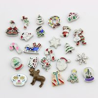 Vente en gros- Christmas Floating Charms Mix Designs Charms pour Vivre Verre Flottant Locket 100pcs