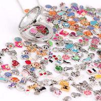 bijoux en direct achat en gros de-Des images colorées! 100pcs / lot Styles Modèles Mixtes Flottant Médaillon Charme Alliage Charmes Pour Verre Vivant Médaillons Bijoux DIY