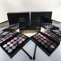 Wholesale Easy Skin - 18 color eye shadow Christmas gift The new Easy on the makeup natural Persistent carry bright color of skin