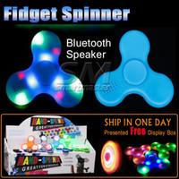 üçgen hoparlörler toptan satış-Yeni Varış İşlevli LED Fidget Spinner Bluetooth Hoparlör EDC Müzik Üçgen El Spinner Fidget Oyuncak Için