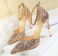 ingrosso sandalo degli alti talloni della sposa-Moda europea sexy sottili sandali tacchi alti metallo alta brillanti paillettes sandali cinturino alla caviglia a punta singola pompe OL matrimonio sposa scarpe 277
