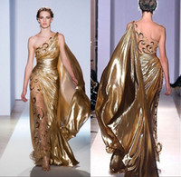 zuhair murad couture gold kleid großhandel-Sexy One Shoulder Gold Pageant Abendkleider Zuhair Murad Haute Couture Appliques Glänzende Lange Abendkleider