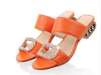 turuncu topuklu ayakkabı toptan satış-N EW Kadın Sandalet Yaz Bayan Terlik Ayakkabı Kadın Düşük Topuklu Sandalet Moda Rhinestone Slaytlar Turuncu Sarı