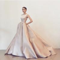 diseños de vestidos árabes al por mayor-2017 Diseño Simple Vestidos De Fiesta O Cuello sin mangas Puffy Ball Gown Vestidos de noche de la vendimia Árabe Prom Vestidos del partido