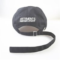 Wholesale Skateboard Caps - VETEMENTS 2017 Baseball Caps Men Hip hop Streetwear Skateboard Snapback Caps New Fashion Vetements Stitch High Quality Hats Man