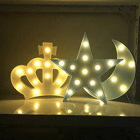 lune étoilée en forme de lumière achat en gros de-Lettres décoratives Light Star Cloud Forme de la couronne LED Plastic Moon 2xAA Batterie LED Marquee Sign in Home Décoration de Noël