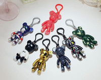en şirin çift toptan satış-İyi A + + Yeni karikatür sevimli şiddetli ayı bebek anahtarlık yaratıcı araba çift çanta kolye KR046 Anahtarlıklar mix sipariş 20 ...