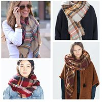 Wholesale Triangle Scarves For Women - 2017 Wholesale Hot Sale New Fashion Design Triangle Scarf stoles Plaid Fashion Warm in Winter Shawl For Women pashmina shawl