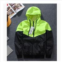 Wholesale Hooded Mens Light Jacket - Wholesale Mens Sport skateboard 3M Reflect light Outdoor Camouflage Jackets Coats Men Women Jacket Windbreaker Free Shipping