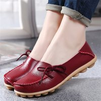 Wholesale Women Green Driving Shoe - 2017 New Cow Leather Women's Soft Leisure Flats Female Driving Shoes Loafers Mother Casual Shoes Fashion Woman Genuine Leather Shoes