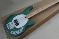 guitarra 9v venda por atacado-Brand New Verde 9 V Ativo Pickups Music Man Preto Ernie Bola Sting Ray 4 Cordas Guitarra Baixo Elétrica Maple Fingerboard Frete grátis