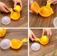 Wholesale Mini Juice Lemon - Manual Plastic Orange Juicer mini Multi-function Lemon fruit Juicer Squeeze the juice Squeezed orange apparatus IA589