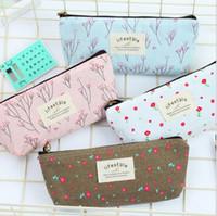 lápices de plumas de encaje al por mayor-Moda coreano Mini Retro Flower Floral Lace Pencil bags Pen Case estuche de maquillaje cosmético Make Up Bag cremallera bolsa bebé niños Monedero