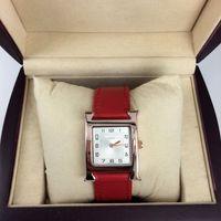 nueva marca rosa roja al por mayor-Nuevo modelo de reloj de pulsera de cuero rojo de las mujeres reloj de oro rosa de acero inoxidable de cuero rojo Relojes de pulsera de marca reloj femenino envío gratis