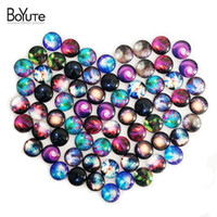 BoYuTe 70Pcs Round Cabochon 10mm Mix Sky Universe Image Стекло Cabochon Diy Earrings Blank Cover XL4911