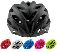 46 casque achat en gros de-Casques De Vélo Mat Noir Hommes Femmes Casque De Vélo Arrière Lumière Mountain Road Bike Casques De Vélo Intégrés Moulés K1105
