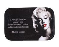 plancher de fantaisie achat en gros de-Marilyn Monroe Coral Polaire Tapis Tapis Fantaisie Motif Porte Tapis Tapis De Sol Antidérapant 40 * 60 cm Prix Usine