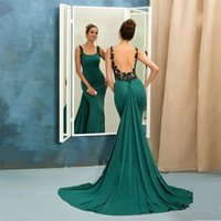 Smaragd Schwarze Spitze Kleider Kaufen -2017 Modische Smaragd Satin Abendkleider Backless Spaghetti Strap mit schwarzen Applikationen Long Evening Party Long Green