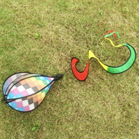 Wholesale Hot Air Balloons Toys - Windspiration Lattice Cloth Hot Air Balloons Fashion Outdoor Rainbow Wind Spinner Beach Kite Toys Twist Fire Balloon Windsock Decor 7 5hb A