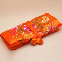 rollos de joyas de seda al por mayor-Bolso de almacenamiento de viaje de rollo de joyería para mujeres, bolsas de empaquetado bordadas a mano de seda china, color de mezcla, vendido por lote (10pcs / lot)