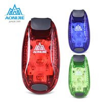 Vente en gros - AONIJIE Portable Mini Cyclisme Avertissement Bike Light Sécurité Bicycle Rear Lamp Casque à dos 3 LED Waterproof Outdoor Running Light