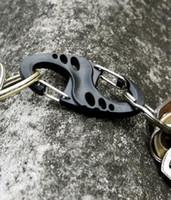 ingrosso carabiner in plastica nera-Clip di plastica nera S-Biner di trasporto libero per il braccialetto di Paracord Carabiner S Keychain portachiavi Pacchetto all'ingrosso