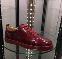 Top Sneakers Red Bottom Shoes Mulheres, Men Trainers Vinho-vermelho Patent Leather Junior Lace-up Spikes Red Sole Luxo vestido de festa