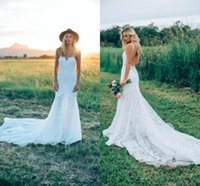 ingrosso merletto indietro senza bretelle sexy della cinghia di spaghetti-2017 Bohemian Spaghetti cinghie Mermaid Abiti da sposa Completa in pizzo Sweetheart Sexy Backless Summer Beach Garden Abiti da sposa Country Style