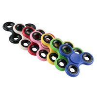 Wholesale EDC Hand Spinner Fidget Toy Finger Fingertips Tri Spinners HandSpinner Gyro Spinning Top Decompression Toys With Retail Box