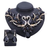 schwarze prom ohrringe großhandel-Mode Kristall Brautschmuck Sets Black Swan Gold Überzogene Frauen Geschenk Party Hochzeit Prom Halskette Ohrring Zubehör Sets