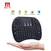 ingrosso mouse di tastiera del bluetooth android-Rii I8 Smart Fly Air Mouse Retroilluminazione a distanza 2.4 GHz Tastiera Bluetooth senza fili Telecomando Touchpad per Android Box MX3 MXQ Bianco Nero