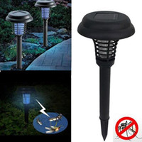Juillet 2017 UV LED Solar Powered Outdoor Garden Garden Pelouse Anti Mosquito Insect Pest Bug Zapper Killer Trapping Lanterne Lampe Lampe avec pic