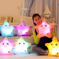 Corps Magnétique Allume Gros Pas Cher-Wholesale- Colorful Body Pillow Star Glow LED Luminous Light Oreiller Coussin Soft Relax Gift Smile 5 Couleurs Body Oreiller
